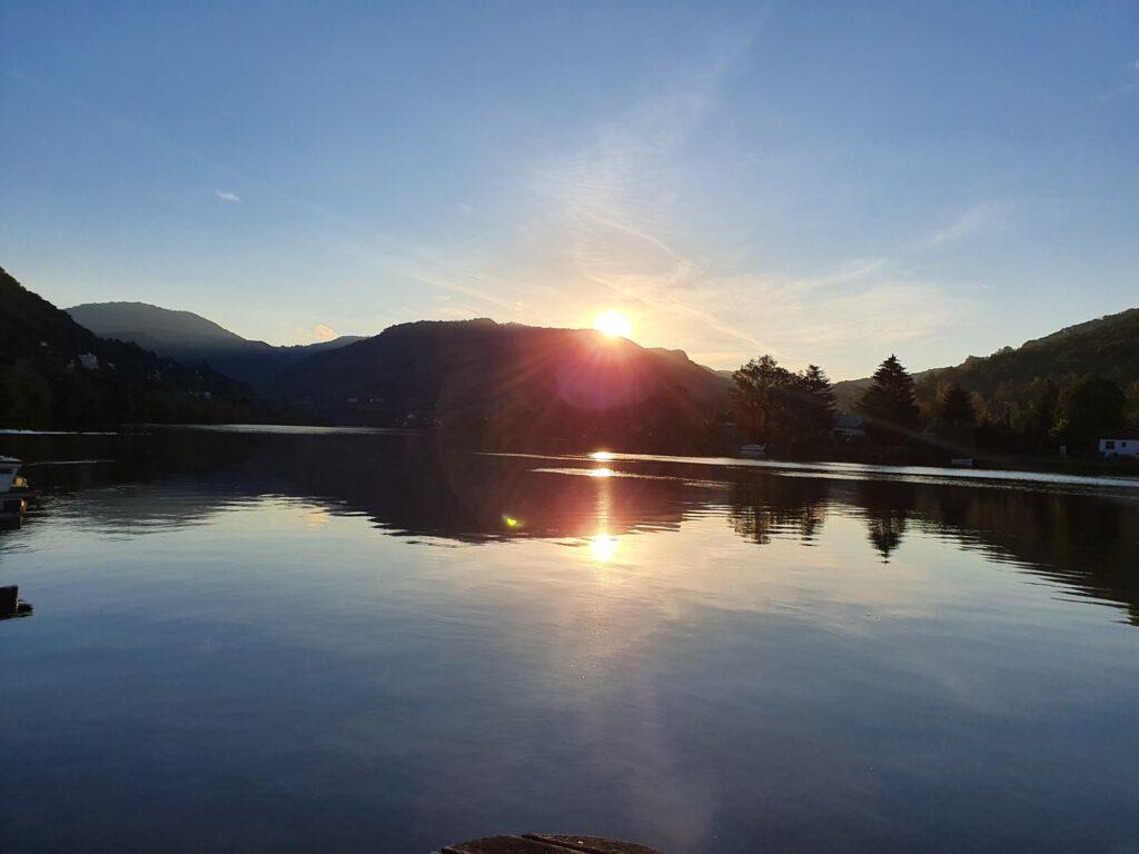Západ slunce Píšťanské Jezero